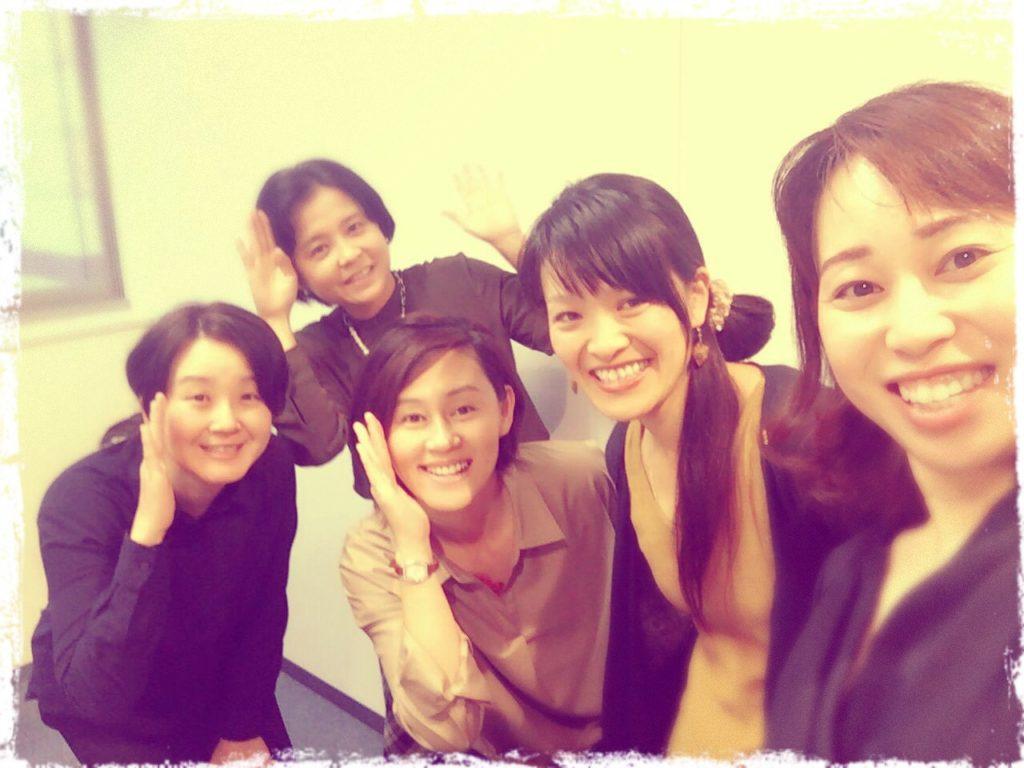 福岡での親勉インストラクター最終日。西原亜紀子先生、親勉インストラクター先輩たちと。