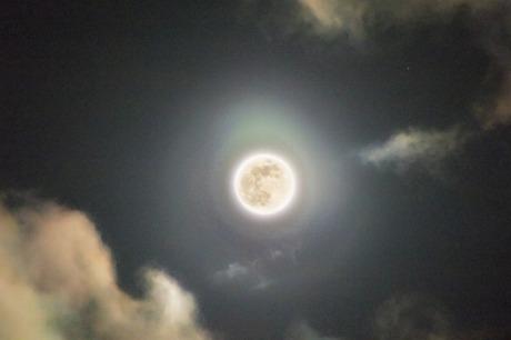 今月は3月2回目の満月、ブルームーン。てんびん座の位置で起こります。