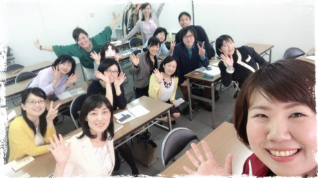 初北海道、札幌開催、JOJO会の集合写真。親勉インストラクター松本まきこ