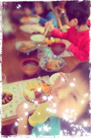 来週からは、新年度、新しい生活が始まります。 春休み中の、最後の楽しい食事時間。