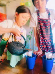 家庭内起業、おうち起業、小学2年生、4年生、コーヒー屋さん練習中