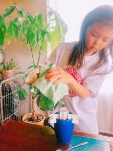 家庭内起業、おうち起業、小学2年生、4年生、コーヒー屋さん練習中月兎印のスリムポット