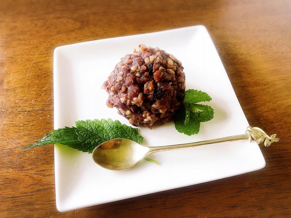 自然な甘さ、砂糖を使わない進化系あんこ、発酵あんこ ∞ 小豆麹。地球まるごと遊び場に